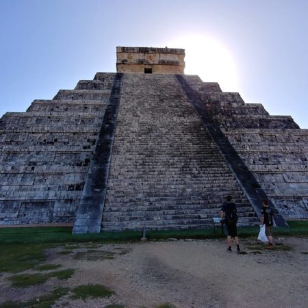 El Castillo, Chichen Itza Mayan Tour