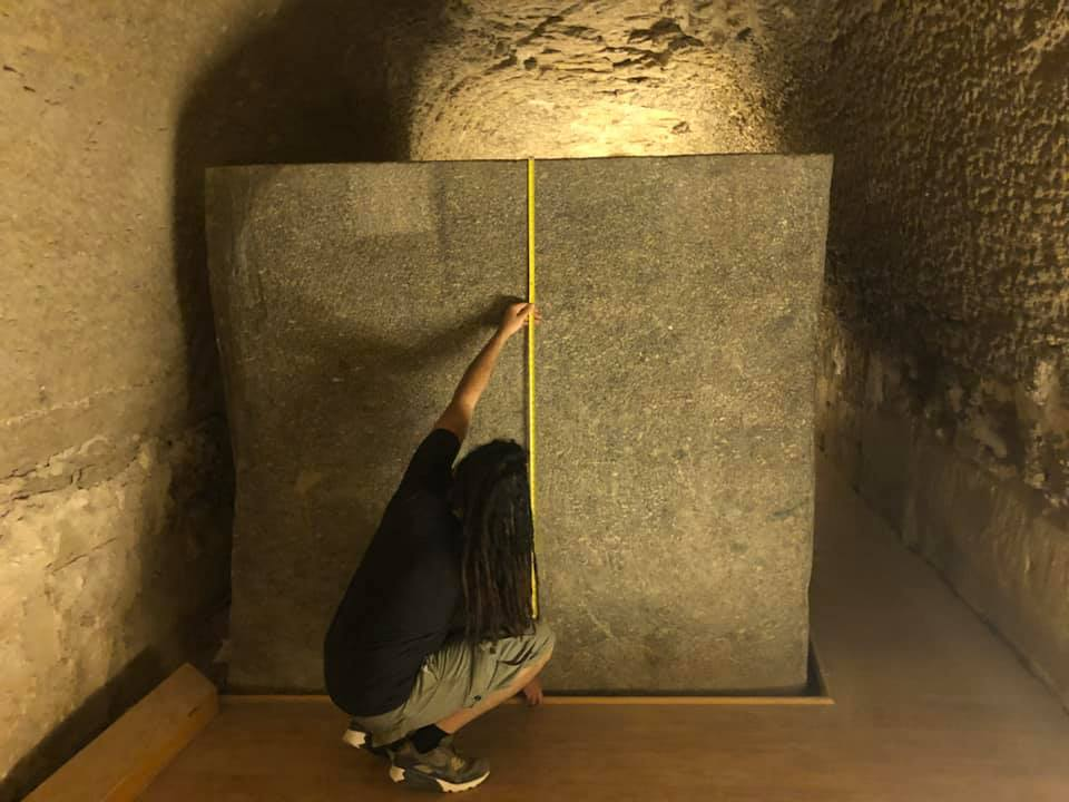 ancient-100-ton-boxes-Serapeum-sakkara-anyextee-measurements-