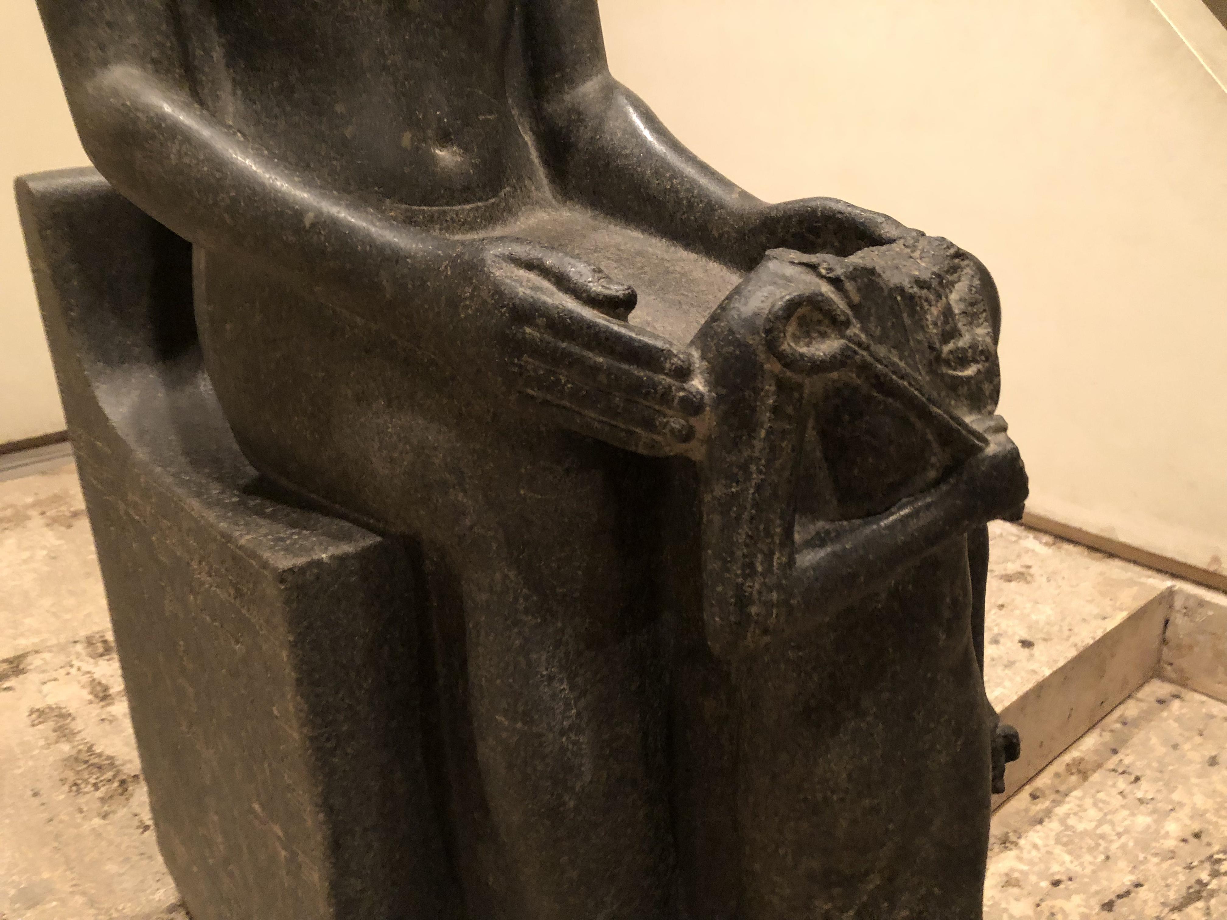 Horemheb before Amun 2