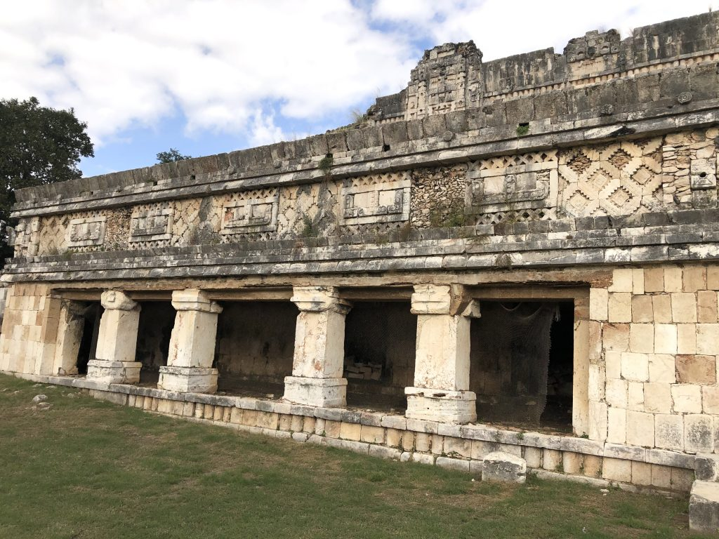 temple-y-venus-temple-uxmal-nunnery-quadrangle-anyextee